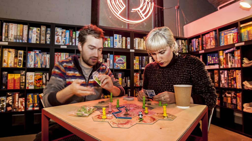 Tempat Main Boards Game Bareng Teman – Teman