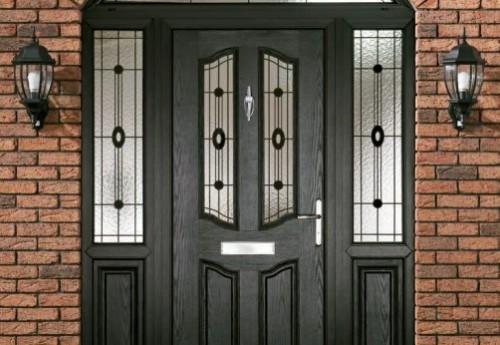 Pintu hitam