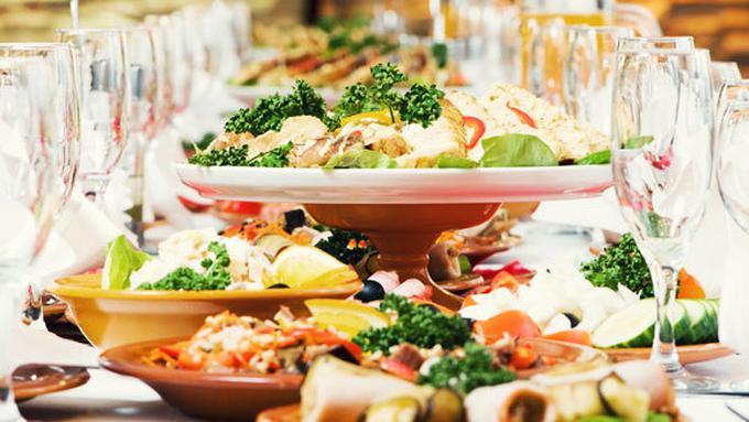 makanan resepsi pernikahan