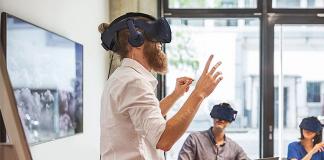 pelatihan dengan VR