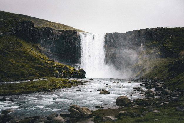 Kriteria Memilih Sumber Air Minum yang Baik, Haruskah Air Pegunungan?